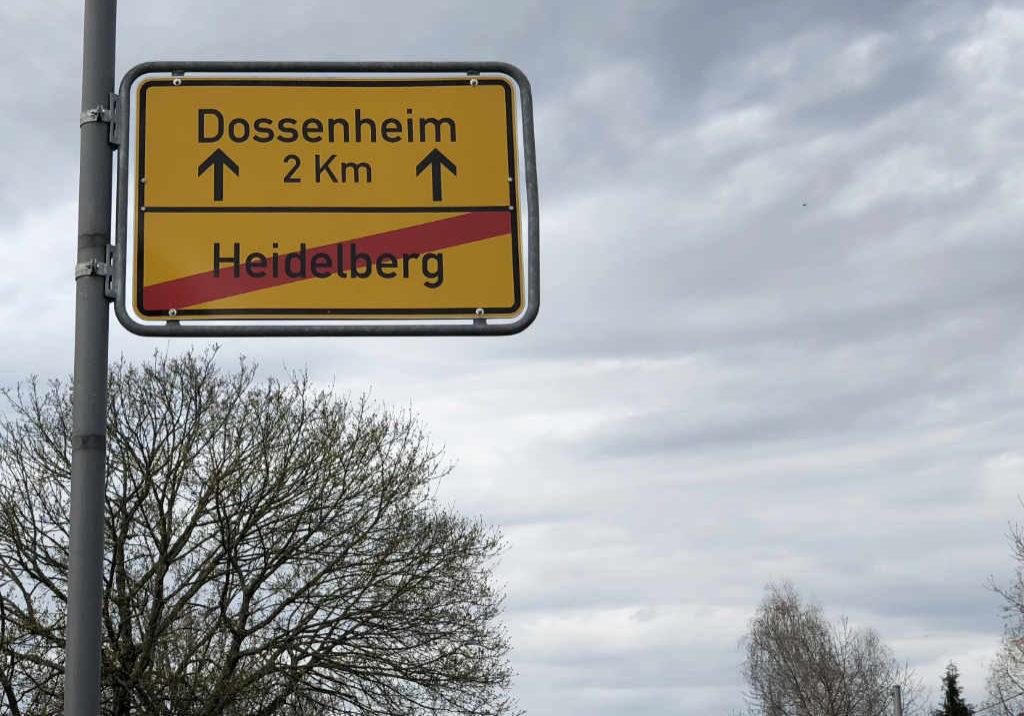 Ortsschild Dossenheim