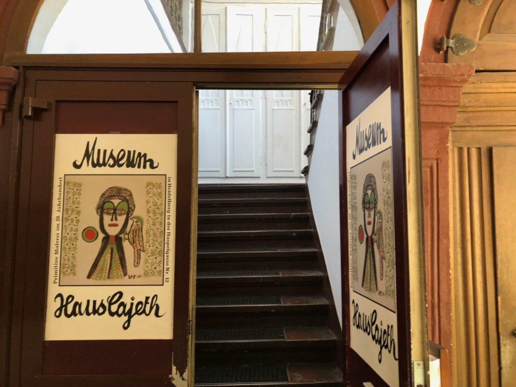 Haus Cajeth: Treppe zum Museum